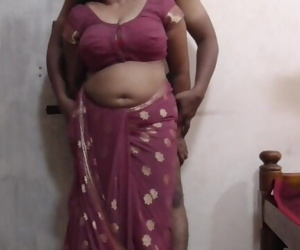 Indian Big Boobs Saari Girl..